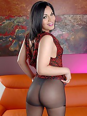 Transsexual Gaby posing in hot pantyhose
