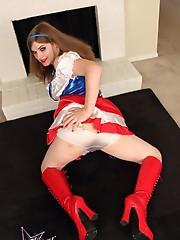 Dirty tgirl Tiffany fucks a flag