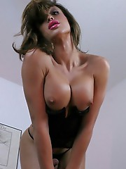 Smoking hot Jonelle strips and poses