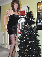 A very sexy crossdresser has put her Christmas tree up and is looking forward to Santa cuming down her chimley