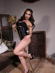 Sexy queen
