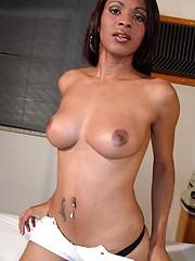 Andrea De Oliveira