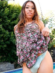 Daphne Cruz