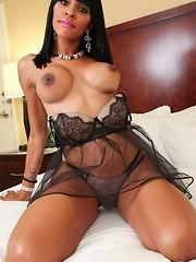 Phoebe Longoria
