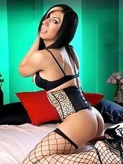 Horny girlscout Victoria di Prada showing her dick