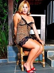 Horny Tgirl Alexia Freire Posing Outdoors