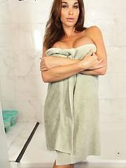Jonelle Brooks Showers