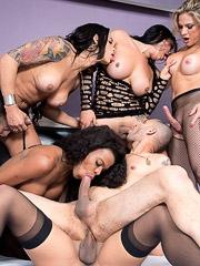 Luana Pacheco, Rosy Pinheiro, Sabrina Souza, Lavinia Magalhaes and Larissa Albuquerque