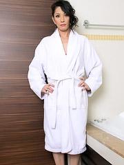 Julia Winston Jacks Her Cock Off Before Taking a Bath