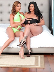 Jonelle Brooks and Angelina Castro